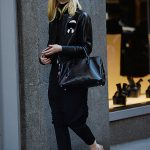 Elle Fanning Goes Shopping in New York City 10/07/2016-4