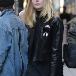 Elle Fanning Goes Shopping in New York City 10/07/2016-5