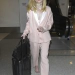 Elle Fanning Was Seen at LAX Airport in Los Angeles 10/11/2016-2