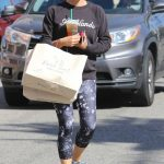 Jennifer Garner Goes Shopping in Pacific Palisades 10/01/2016-2