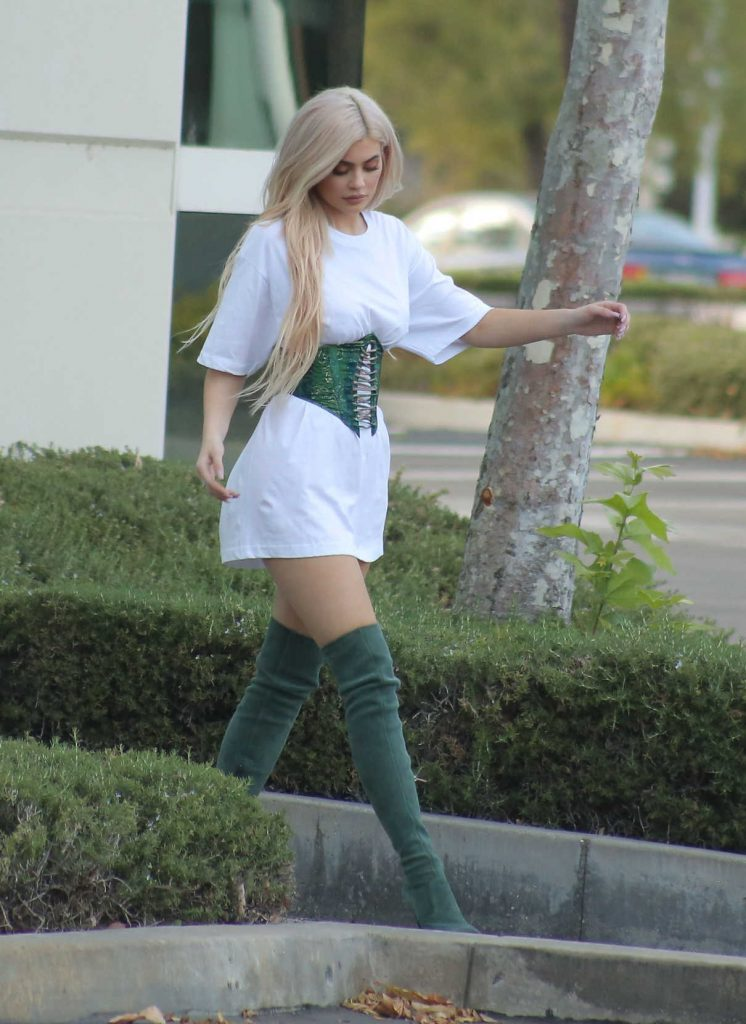 Kylie Jenner Leaves an Office Meeting in a Corset and Green Boots in LA 10/17/2016-1