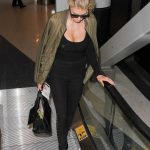 Charlotte McKinney Was Seen at Los Angeles International Airport 11/22/2016-3