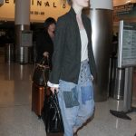 Elle Fanning Was Seen at LAX Airport in Los Angeles 11/04/2016-2