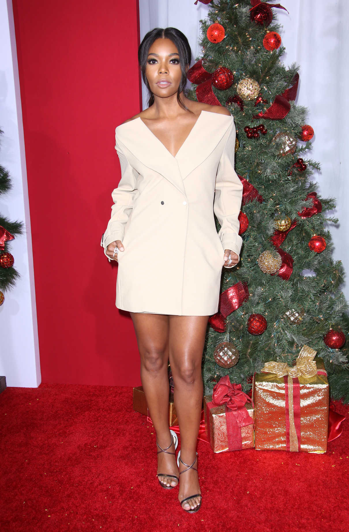Almost Christmas Gabrielle Union.Gabrielle Union At Almost Christmas Premiere In Westwood 11