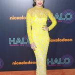 Hailee Steinfeld at the 2016 Nickelodeon Halo Awards in New York 11/11/2016-2
