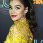 Hailee Steinfeld at the 2016 Nickelodeon Halo Awards in New York 11/11/2016-5