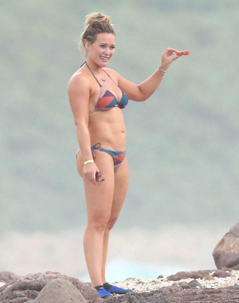 Hilary Duff in Bikini at the Beach in Puerta Vallarta, Mexico 11/12/2016-1
