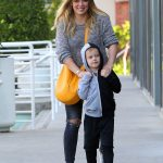 Hilary Duff Was Seen With Her Son Luca in Studio City 11/28/2016-2