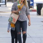Hilary Duff Was Seen With Her Son Luca in Studio City 11/28/2016-3
