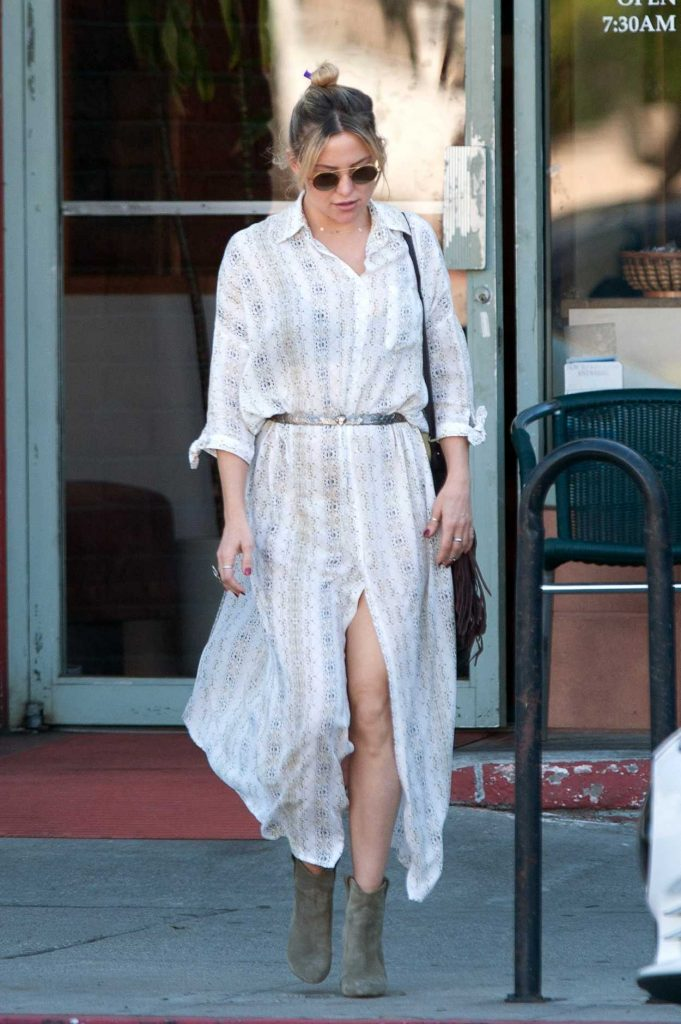 Kate Hudson Was Seen Out in Los Angeles 11/25/2016-1