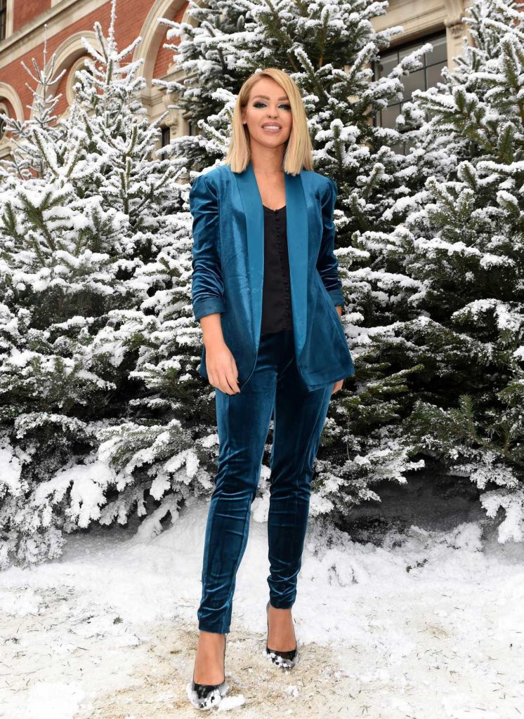 Katie Piper at Ideal Homes Christmas Show in London 11/23/2016-1