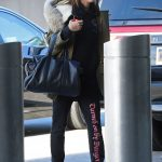 Hailey Baldwin Arrives at JFK Airport in New York 12/19/2016-2