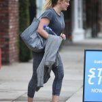 Hilary Duff Was Seen Out in Los Angeles 12/21/2016-3