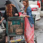 Jessica Alba Goes Shopping Out in Hawaii 12/29/2016-2