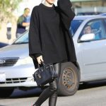 Kendall Jenner Goes Shopping in Beverly Hills 12/22/2016-3
