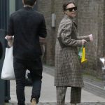 Victoria Beckham Goes Shopping Out in London 12/16/2016-3