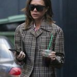 Victoria Beckham Goes Shopping Out in London 12/16/2016-5