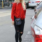 Ashlee Simpson Was Seen Out in Sherman Oaks 01/10/2017-3