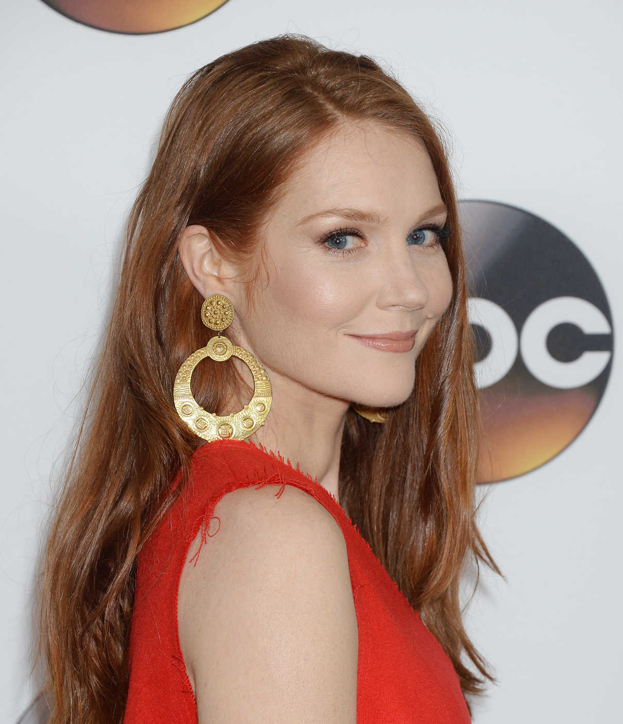 Darby Stanchfield at the Disney ABC Television Hosts TCA Winter Press Tour in Pasadena 10/01/2017-4