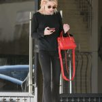 Emma Roberts Goes Shopping at Barneys New York in Beverly Hills 01/06/2017-4