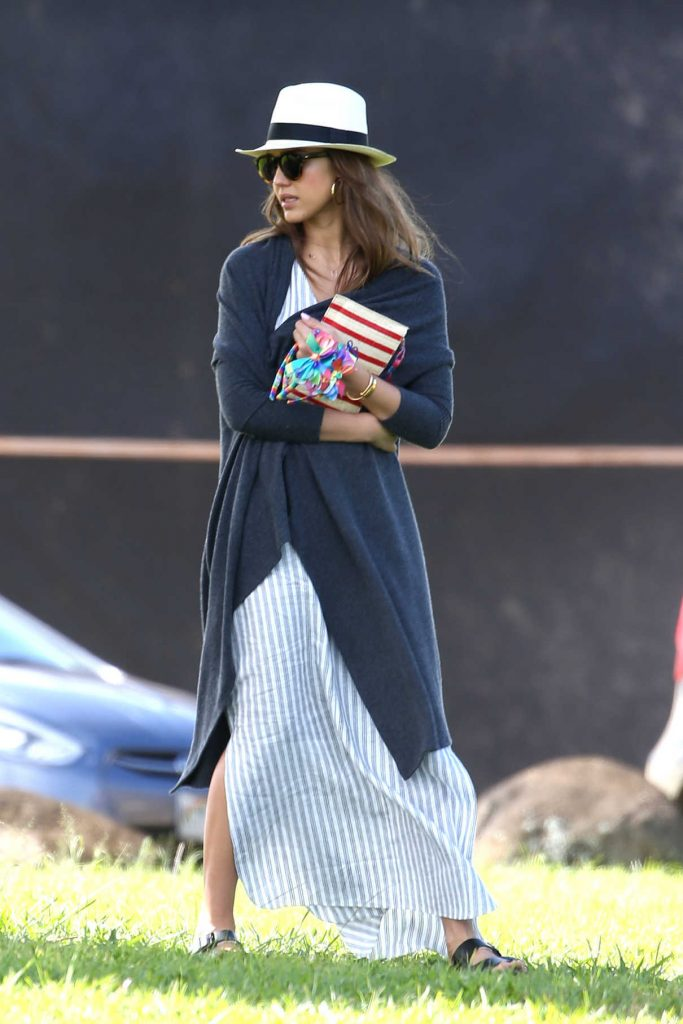 Jessica Alba Was Seen Out in Hawaii 01/02/2017-1