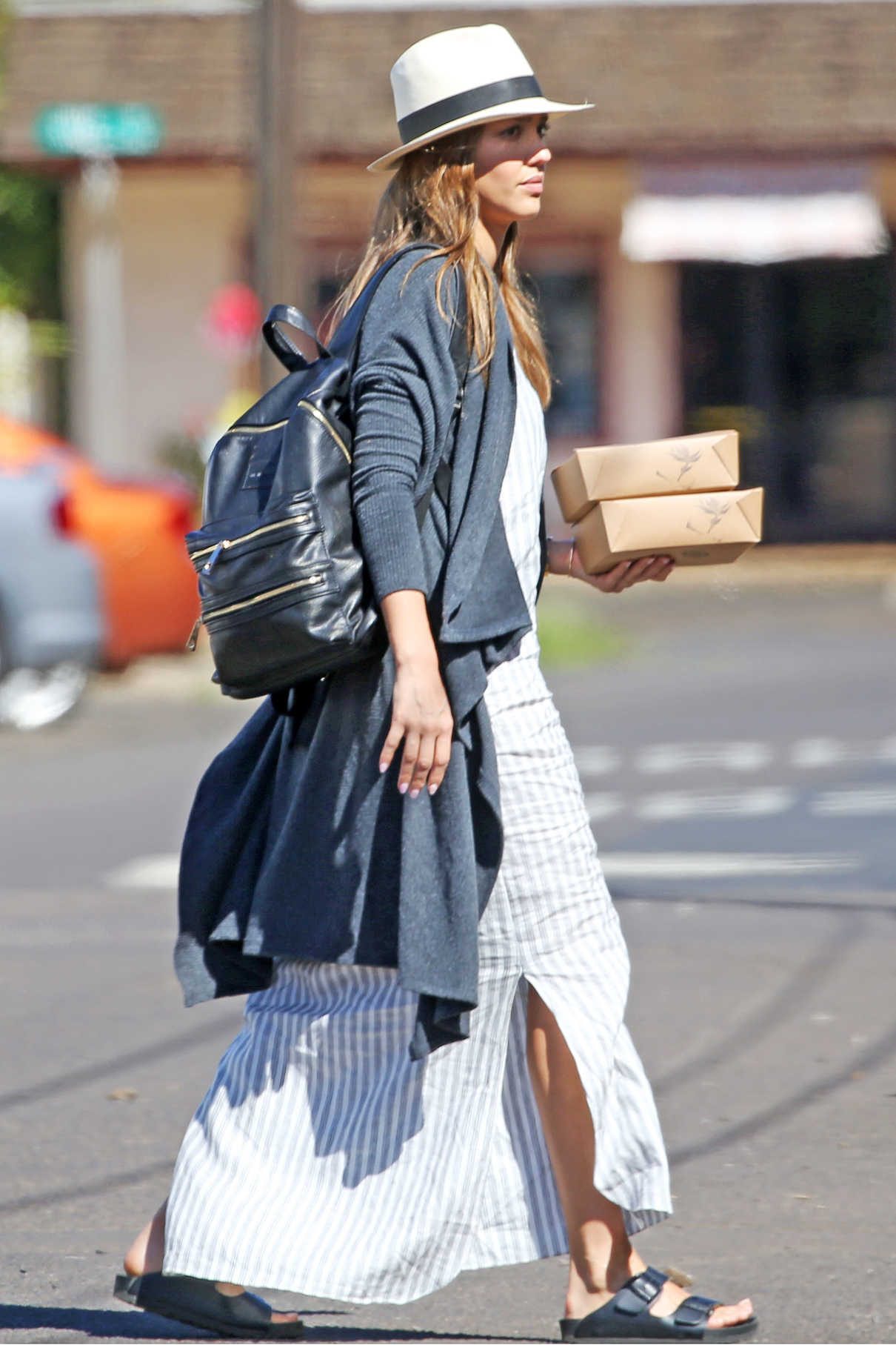 Jessica Alba Was Seen Out in Hawaii 01/02/2017-3