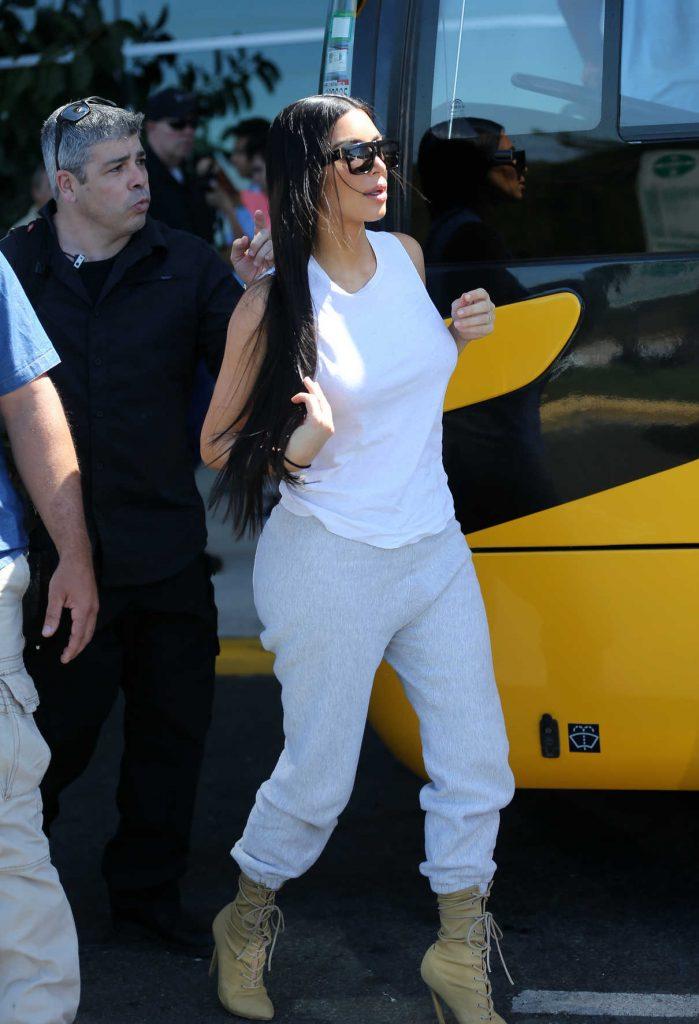 Kim Kardashian Was Seen at Airport in Costa Rica 01/30/2017-1