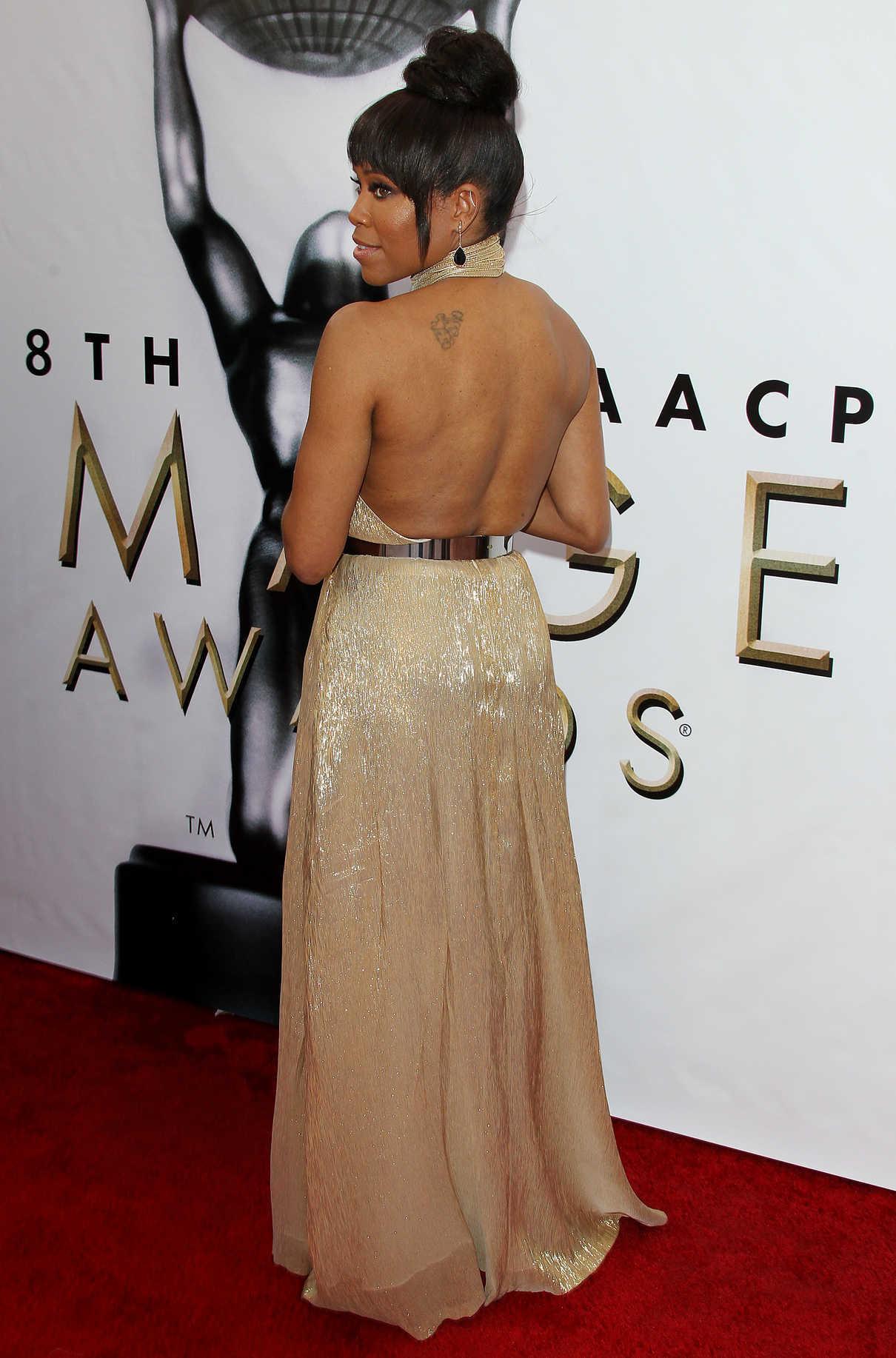 Regina King at the 48th NAACP Image Awards in Pasadena 02/11/2017-4