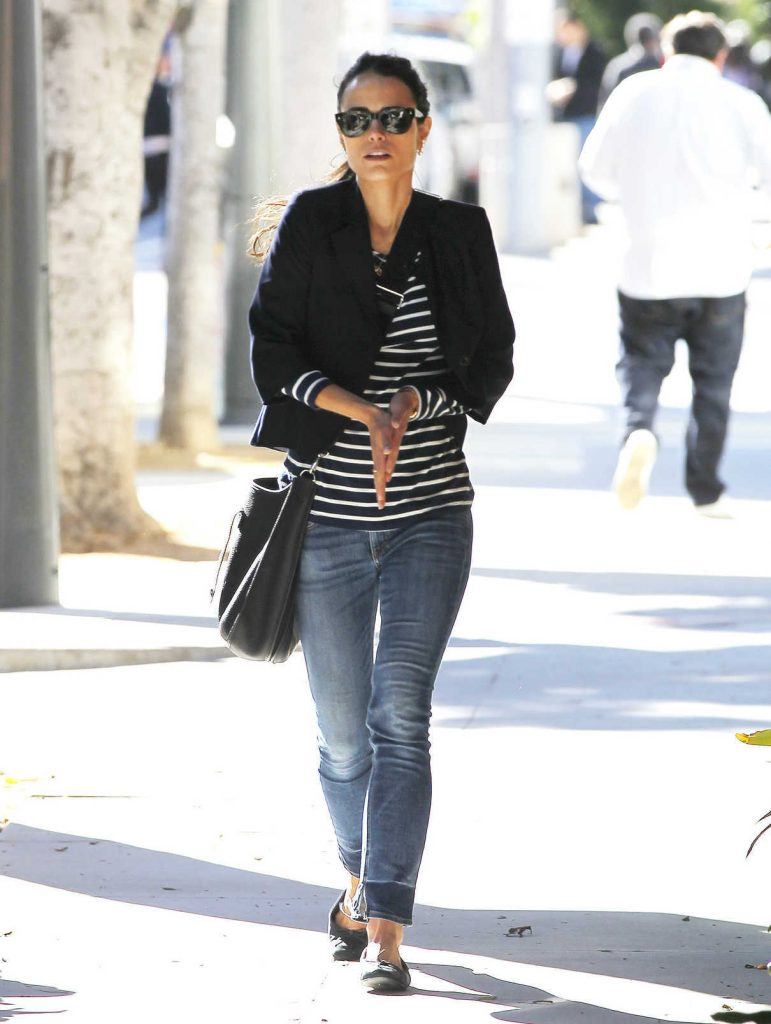 Jordana Brewster Was Seen Out in Brentwood 03/23/2017-1