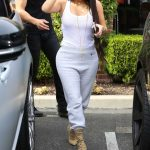 Kim Kardashian Was Seen Out in Calabasas 03/10/2017-3