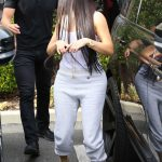 Kim Kardashian Was Seen Out in Calabasas 03/10/2017-4