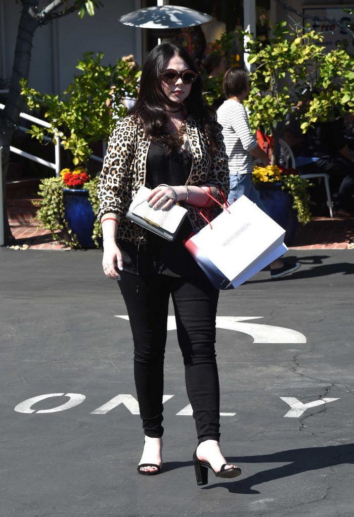 Michelle Trachtenberg Leaves the Fred Segal in West Hollywood 03/23/2017-1