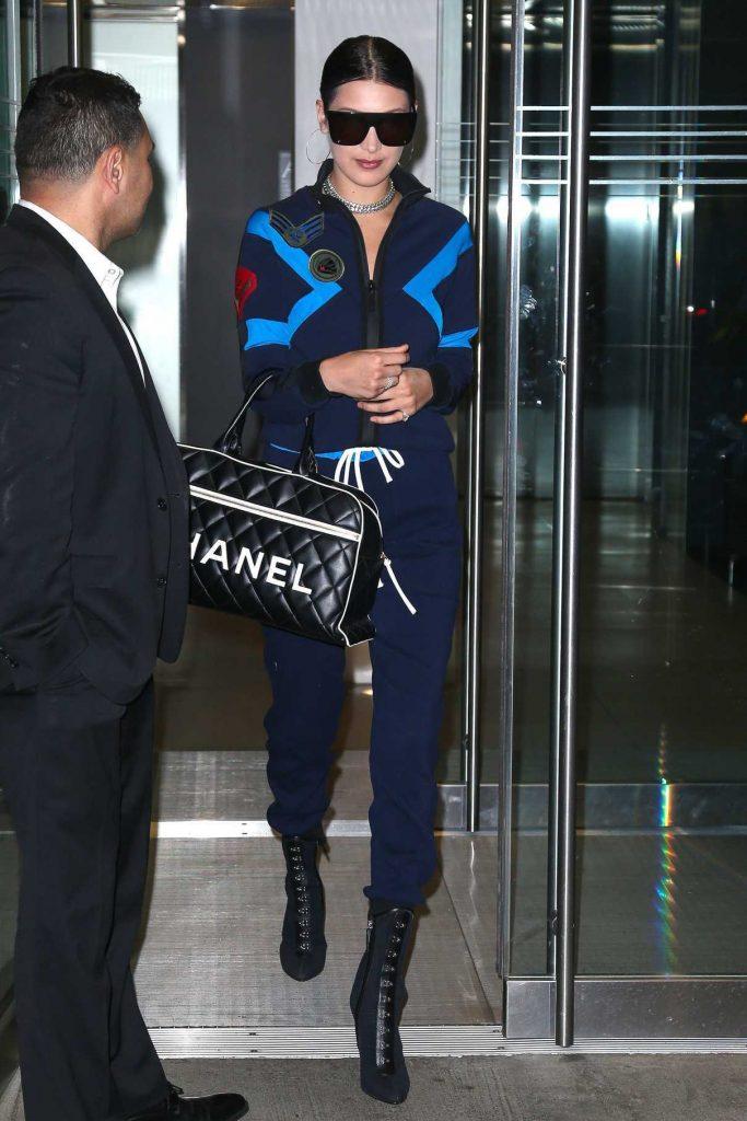 Bella Hadid Leaves Her Apartment in Manhattan 04/10/2017-1