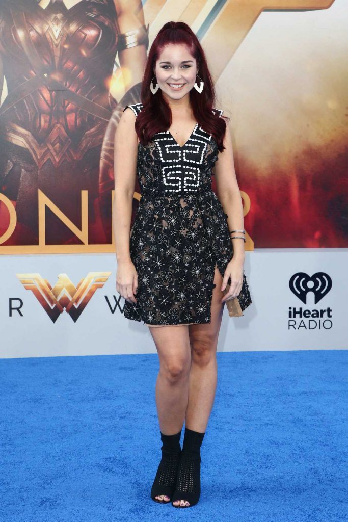 Erin Robinson at the Wonder Woman Premiere in Los Angeles 05/25/2017-1