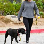 Miley Cyrus Was Seen Out for a Hike in the Hollywood Hills 05/09/2017-2