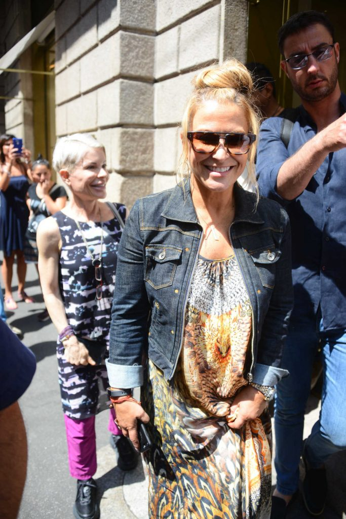 Anastacia Out for Shopping in Milan 06/17/2017-1