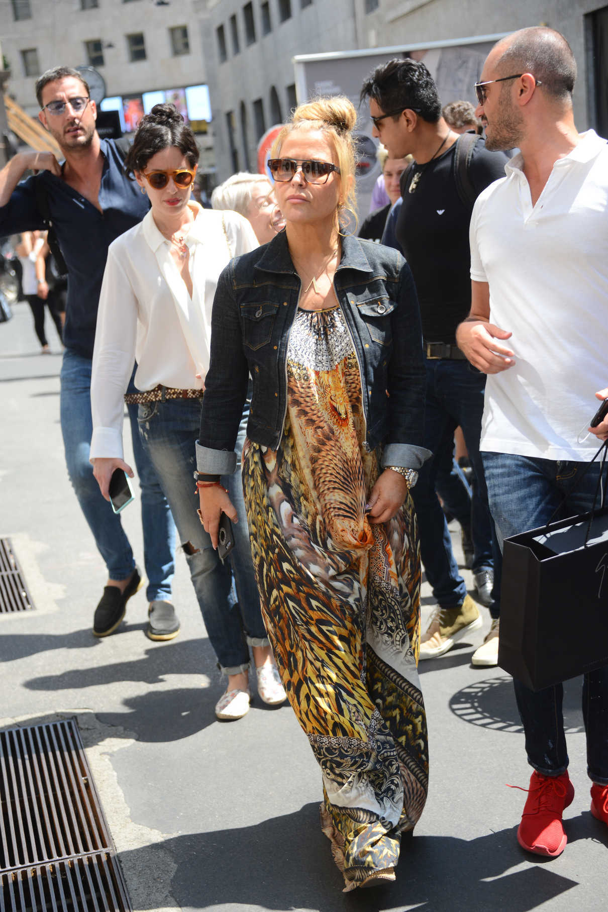 Anastacia Out for Shopping in Milan 06/17/2017-2