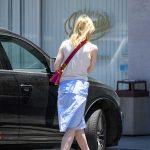 Elle Fanning Grabs a Lunch at El Pollo Loco in LA 06/27/2017-2