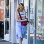 Elle Fanning Grabs a Lunch at El Pollo Loco in LA 06/27/2017-4
