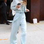Gigi Hadid Leaves Her Apartment in NYC 06/15/2017-2
