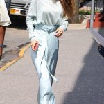 Gigi Hadid Leaves Her Apartment in NYC 06/15/2017-5
