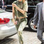 Gigi Hadid Returns Home in NYC 06/09/2017-2