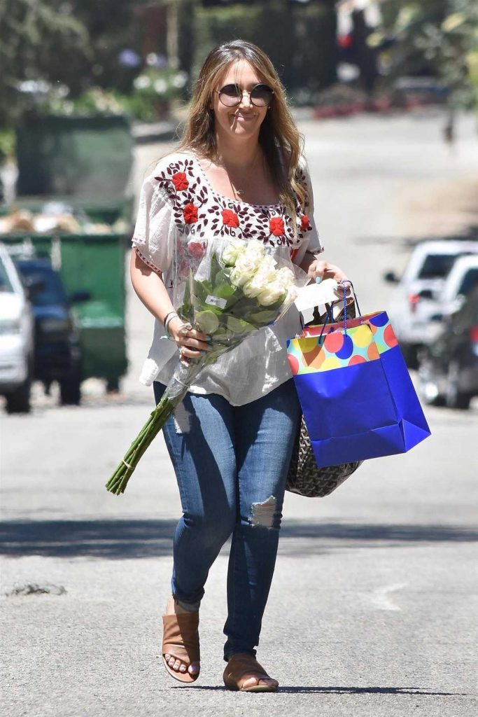 Haylie Duff Was Seen Out in Beverly Hills 06/17/2017-1