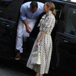 Jennifer Lopez Visits the Louvre in Paris With Her Boyfriend Alex Rodriguez 06/17/2017-2