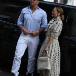 Jennifer Lopez Visits the Louvre in Paris With Her Boyfriend Alex Rodriguez 06/17/2017-3