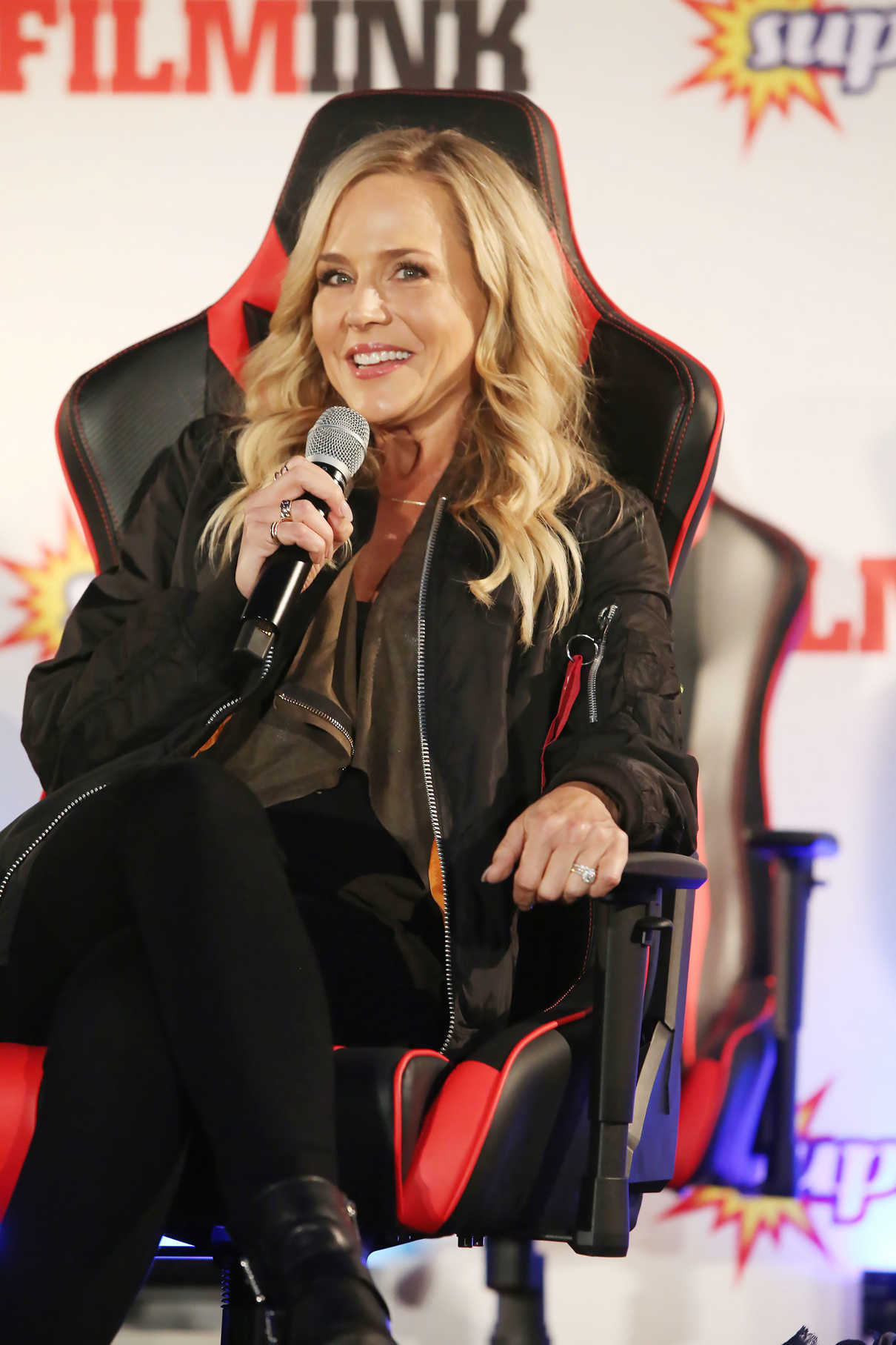 Julie Benz at the Supanova Comic Con and Gaming Expo in Sydney 06/17/2017-5