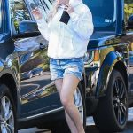Kate Hudson Was Seen Out in Brentwood 06/18/2017-2