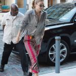 Gigi Hadid Arrives Back at Her Apartment in New York City 07/30/2017-3