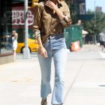 Gigi Hadid Leaves Her Apartment in NYC 07/18/2017-4