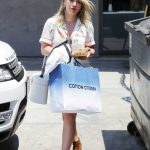 Hilary Duff Goes Shopping in Beverly Hills 07/11/2017-3